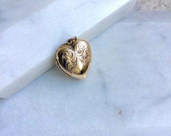 Gold Locket, Vintage Gold Heart Locket Necklace, Gold Back and Front Locket Pendant