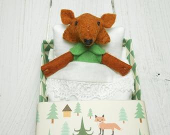 Small animal felt fox enchanted forest stuffed fox woodland animal stuffed animal softie soft dolls animals felted miniature green grass
