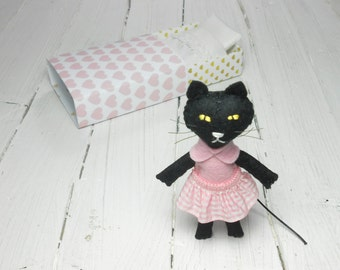 Black cat ornament Christmas stocking stuffer cat lover gift felt cat in matchbox felt animal kids gift hand made doll stuffed felt animals