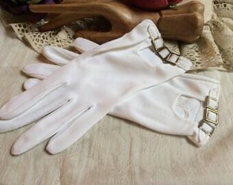Vintage short white stretch gloves, white stretch gloves with buckles, casual white nylon gloves, white short buckle wrist gloves