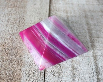 Agate Stone Pyramid Rock Specimen - Pink