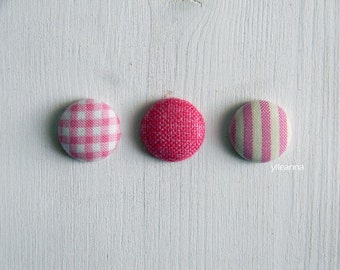 Lapel button. Men lapel pin. Round boutonniere. Pink - Fuchsia - Gingham - Solid - Stripes