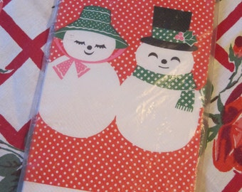 Sweet Vintage Christmas Crepe Table Cover Tablecloth with Snowmen