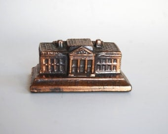 Vintage Pop Metal White House