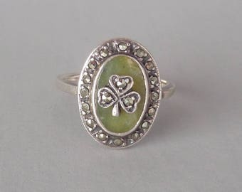 Irish Sterling Clover Ring. Sterling Marcasite Connemara Marble. Size 7