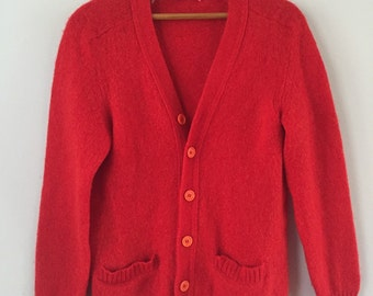 Beautiful Red Vintage Wool Cardigan Medium