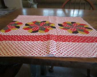 Feed sack, vintage 1940's with a border in a kind of patchwork flower, red and white, good condition