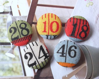 French Style Colourful Blue Green Red Yellow White Numbers Measure Tapes Rulers-Handmade Fabric Covered Buttons(0.87 Inches, 5PCS)
