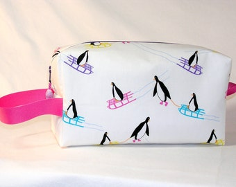 Sledding Penguins  Project Bag