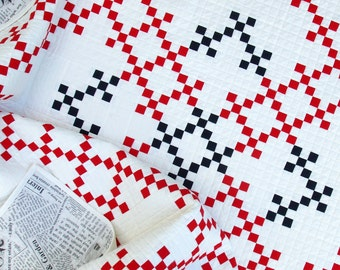 Modern Double Irish Chain Quilt