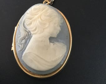 Vintage Large Cameo Locket Necklace