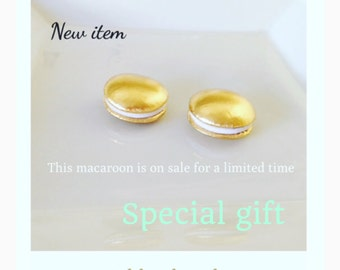 Etsy Pretend play food  Tokyo Kawaii Sweets Gold Colored Macaroon set (2pc)
