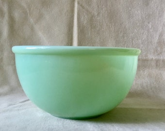 "Vintage Fire King Jadeite Bowl Glass Beaded Edge Mixing 6"" SALE"
