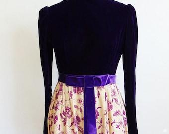 60s baroque  PURPLE VELVET Maxi dress Gown size small