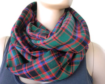 Christmas colors plaid flannel winter infinity scarf/Red Green cowl  scarf unisex flannel  Christmas Infinity Scarf-61 inches loop