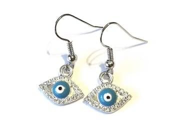 Adorable Silver Evil Eye Pierced Earrings Blue White Fun Gift Jewelry Artisan Cheap