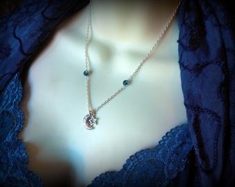 Luna Nox Fleuret / Lunafreya Nox Fleuret Final Fantasy XV, FF, Necklace - Crescent Moon and Star Pendant - Luna