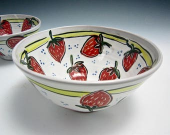 Medium Red Strawberry Ceramic Serving Bowl - Pottery Bowl - Gift for Her - Kitchen Prep - Majolica -  Fruit Bowl - Mother's Day Gift