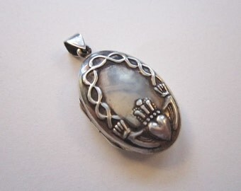 sterling silver CLADDAGH locket - oval Claddagh locket - 925 sterling silver