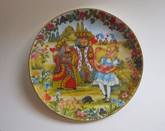 vintage ALICE IN WONDERLAND collector plate - Viletta 'The Croquet Match' - circa 1980, plate number 1917A