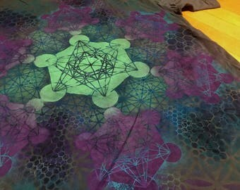 XL  Metatron's Cube Mandala Hand Painted Sacred Geometry Chakra Tee w/ Flower of Life, Honeycomb