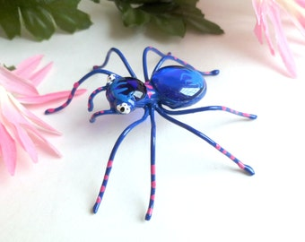 Classic Blue Spider, Copper Wire Art, Wire Bug for Bug Lovers, Unique Gift for Spider Lovers, Arachnid Gift for Bug Lovers, Cute Love Bug