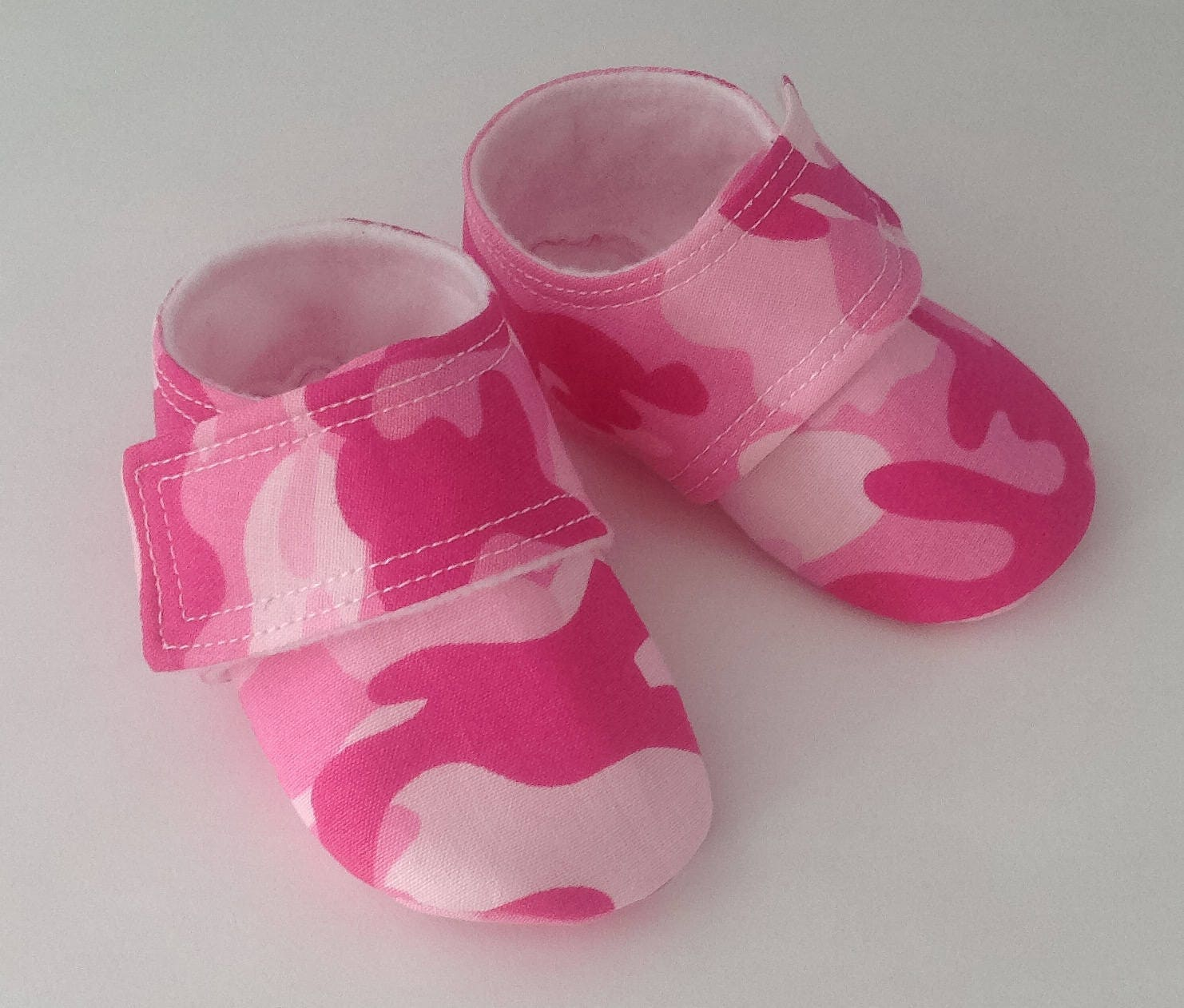 pink camo baby shoes baby shoes newborn shoes