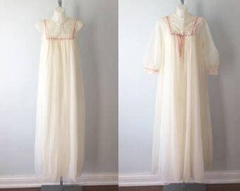 Vintage Chiffon Peignoir Set, Cream Peignoir Set, Lov Lee, Cream Chiffon Peignoir, Vintage Peignoir, 1970s Chiffon Peignoir Set