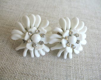 Vintage MilkGlass & Rhinestone Flower Earrings ~ Screwbacks