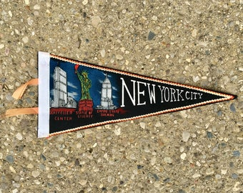 Vintage New York City Pennant - made in Japan