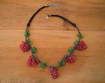 beaded necklace, red and green, grapes necklace