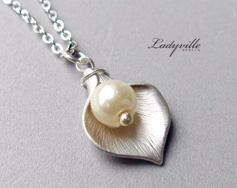925 Sterling Silver Necklace, Calla with a Pearl