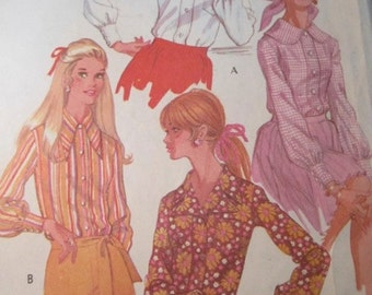 McCalls 9778 Vintage 1960's Button Front Blouse Pattern -Exaggerated Notch or Peter Pan Collar Pattern -60's Mod Collar Blouse Pattern Sz 12