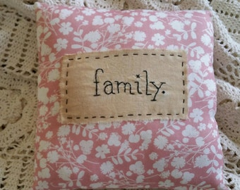 Prim Stitchery family. Pillow ~OFG