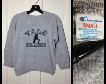 1980's Yale University Bulldogs College Ivy League sweatshirt size Small Champion brand cloth tag tri-blend rayon fuzzy flock print