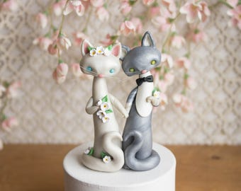 Cat Wedding Cake Topper by Bonjour Poupette