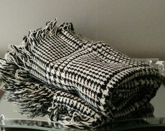 Wool Blanket / Houndstooth lap Blanket /Black-and-white Decor