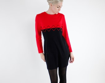 Vintage 80's color blocked dress, All That Jazz brand, red & black, long sleeved, soft knit acrylic, bodycon / fitted - Medium