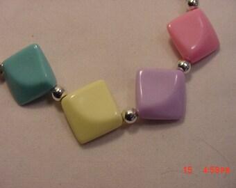 Vintage Pastels Plastic & Metal Bead Bracelet  16 - 826