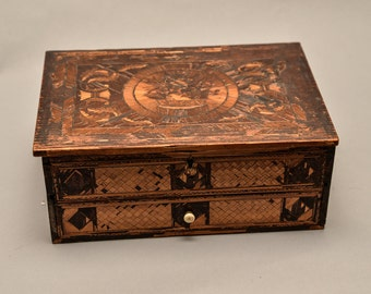 Straw Art Box French Circa 1800 Amazing Marquetry Folk Art Prisoner art, France Napoleonic Reduced