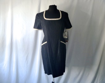 Never-Been-Worn Vintage Ponte Square Neckline Above-Knee Fitted Linen Dress by Carole Little® Size 8