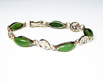 Jade Green Chain Bracelet - Asian Inspired Vintage 1940s 1950s Bracelet - Marquis Shaped Gemstones - Mid Century Fashion Costume Jewelry
