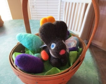 """LONGABERGER EASTER BASKET full of needle felted easter goodies 1993 basket  w/prot, wool eggs, wool """"chocolate"""" bunny easter table display"""