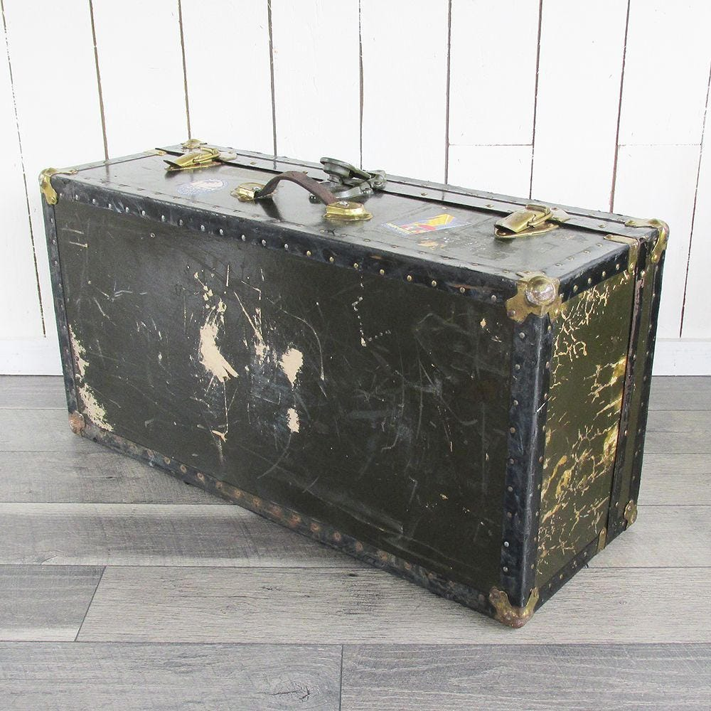 Vintage Steamer Trunk Footlocker Coffee Table Trunk With Travel Stickers