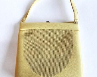 Vintage 1950s/1960s Yellow Vinyl Hinged Purse/Handbag