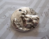 Antiqued Silver Bird Pendant - Silver Plated Pewter - Oval Charm - Raised Image - 25mm - Qty 1