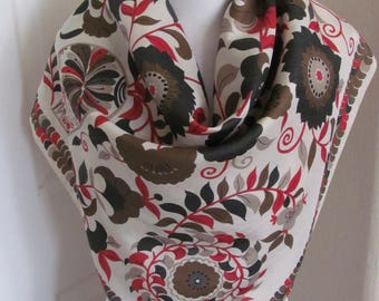 """Scarf Beautiful Large Ivory Floral Thai Silk Scarf // 32"""" Inch 81cm Square"""