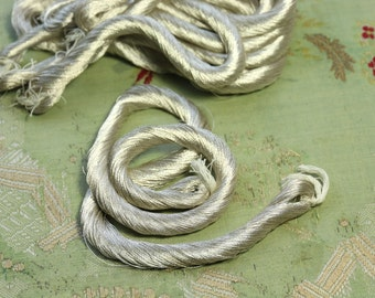 1 full skein French Antique gorgeous silver metal thread cord 40 yards trim  France millinery couching ribbonwork trim doll dress flapper