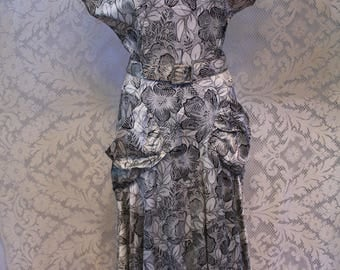 Elegant 1930s 40s Vintage Black and White Floral Silk Rayon Dress Bias Cut Large Pockets