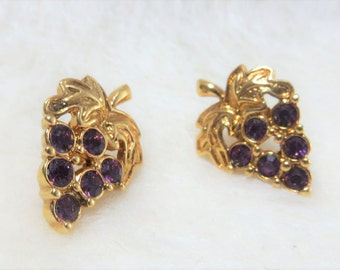 Rhinestone Grape Earrings from Avon Vintage Earrings from Avon Purple Grapes Goldtone Purple Grape Earrings